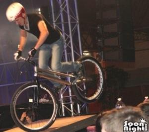 Démonstration VTT Trial pour Evreux fait son show - Antoine GAST -